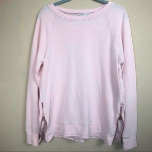 American Eagle | Pink sweater with gold side zip